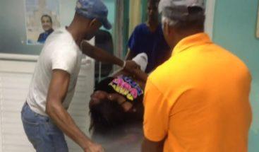 Joven resulta herida cuando intentaba huir de unos asaltantes en La Romana