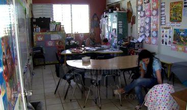Cierre de escuela públicas en PR crea malestar en la comunidad
