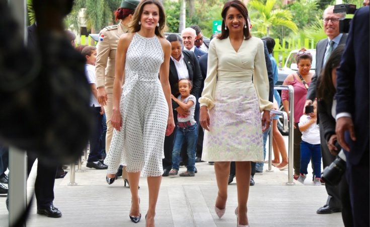 Reina Letizia se interesa por problema de embarazo de menores en RD