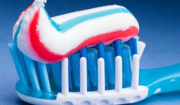 Vinculan componente en ciertas pastas de dientes con la inflamación de colon