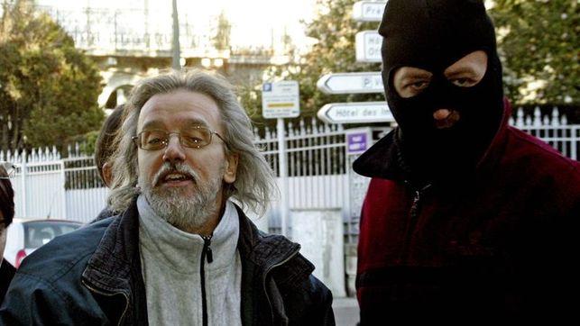 Piden penas de 5 y 4 años para 4 franceses por haber alojado a jefes de ETA