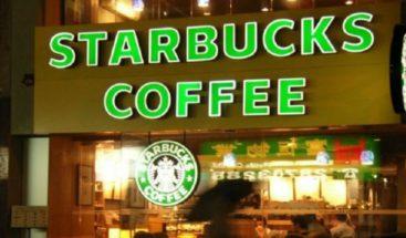 Strabucks cierran en EE.UU. para que empleados tomen curso contra el racismo
