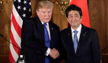 Trump acuerda reunirse con Shinzo Abe para coordinar posible cumbre con Kim