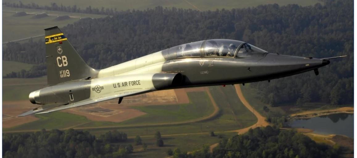 Se estrelló un avión militar en Misisipi