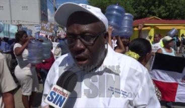 Cientos de moradores marchan en Dajabón por falta de agua potable