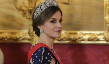 Reina Letizia de España llega al país por el Aila