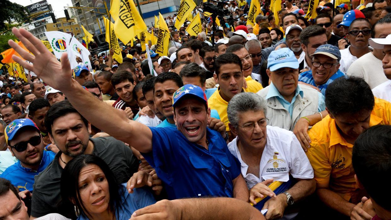 La oposición venezolana pide a OEA y UE no reconocer comicios del domingo