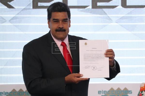 Maduro dice que mañana inicia un diálogo con todos los sectores de Venezuela