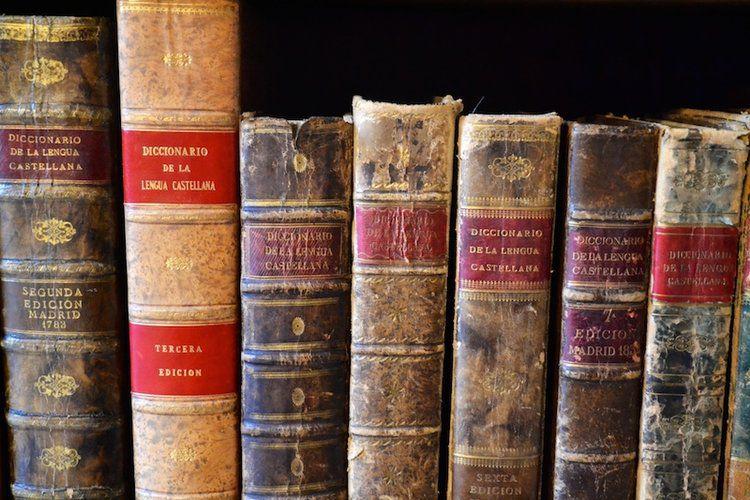 Las academias de la lengua española recopilan 25.000 dichos y frases hechas