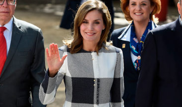 La reina de España inicia viaje de cooperación a República Dominicana y Haití