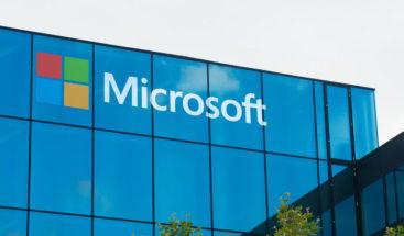 Microsoft busca potenciar habilidades tecnológicas entre hispanos de EE.UU.