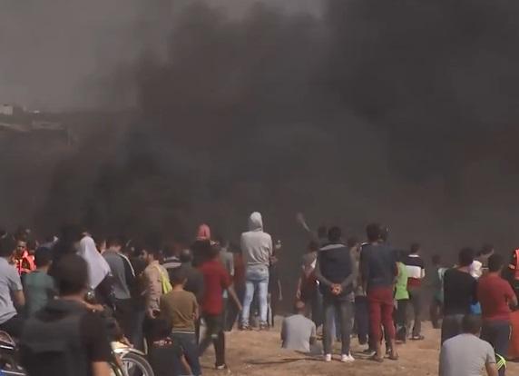 Un palestino muerto y 45 heridos por disparos del Ejército israelí en protestas en Gaza