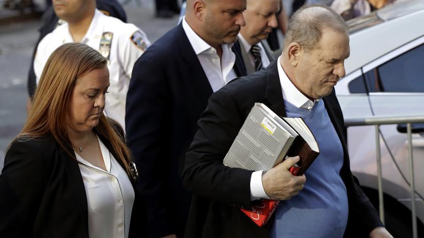 Arrestan al productor estadounidense Harvey Weinstein por investigación de violación