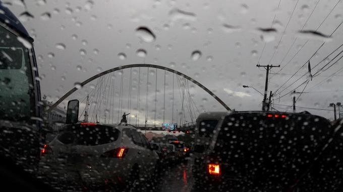 Meteorología pronostica aguaceros y tronadas por vaguada