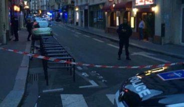 Al menos un muerto por el ataque con un cuchillo en el centro de París