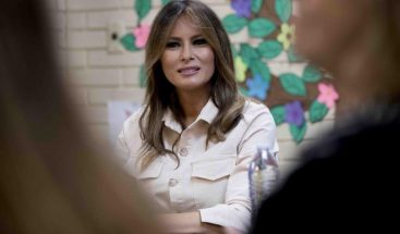 Melania Trump visitará más centros de inmigrantes esta semana