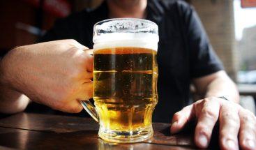 Más de una bebida alcohólica al día aumenta el riesgo de mortalidad y cáncer