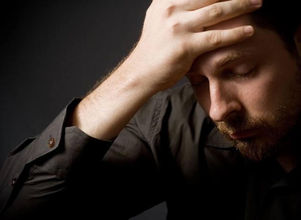 Suicidios de famosos muestran la necesidad de tratar enfermedades mentales