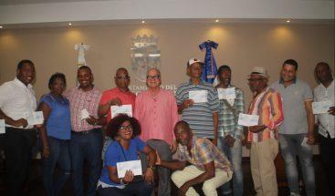 Alcaldía del DN entrega premios a comparsas ganadoras del Carnaval Santo Domingo 2018