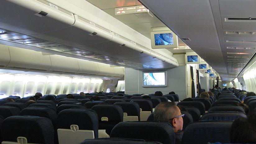 Avión con 214 personas a bordo aterriza de emergencia en Irlanda por una posible amenaza de bomba