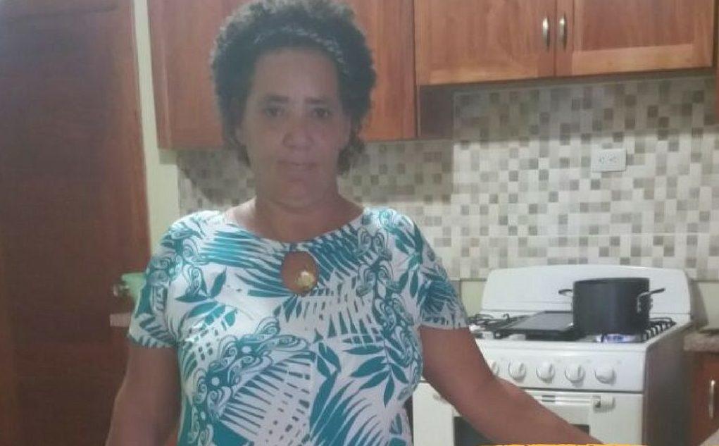 Familiares buscan señora de 55 años que está desaparecida