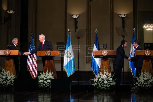 EE.UU. vive una crisis migratoria y culpa al Triángulo Norte de Centroamérica
