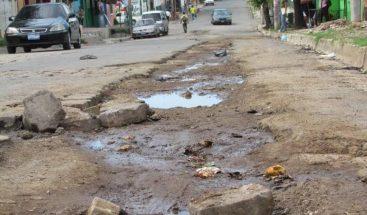 Exigen arreglo de las calles en el sector El Hatico