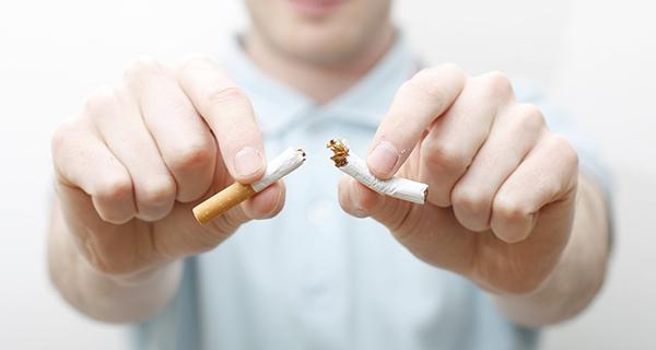 El consumo de tabaco entre jóvenes de EEUU se reduce en un millón desde 2011