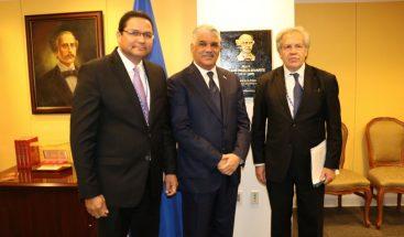 Canciller Miguel Vargas inaugura Salón Juan Pablo Duarte en sede OEA