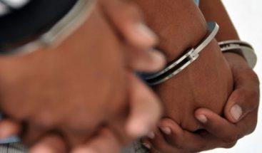 Detienen en Perú a cinco hombres por retener y explotar laboralmente a 13 mujeres
