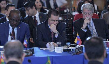 La OEA aprueba una resolución que abre la puerta a la suspensión de Venezuela