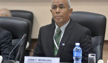 Monegro expone en México acerca de la Política Nacional de Calidad