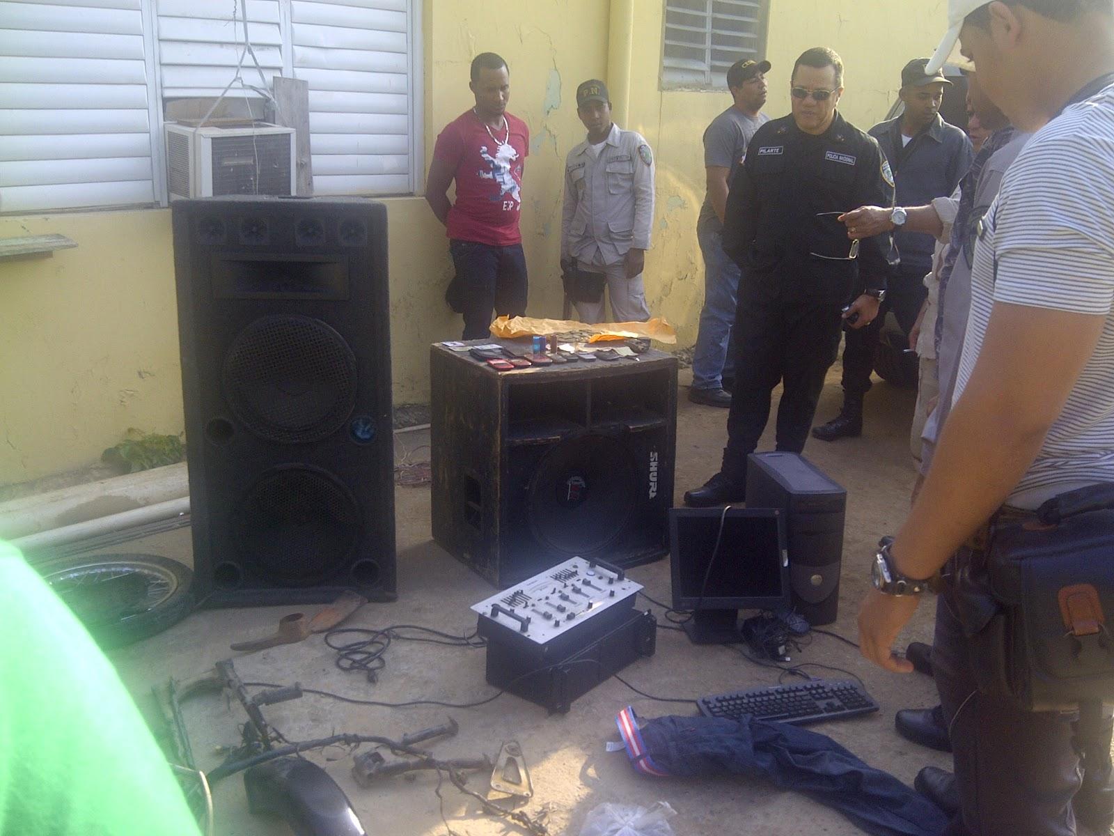 Ministerio Público Y la Policía Nacional clausuran diez centro de venta  bebidas alcohólica  en la Romana