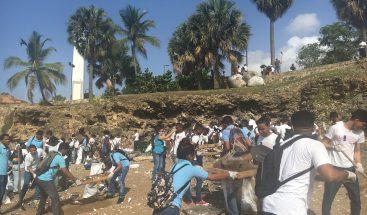 Conmemoran el Día Mundial de los Océanos con jornada de limpieza