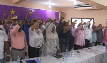 Dirigentes del PLD en Azua dicen existe campaña desleal contra senador Rafael Calderón