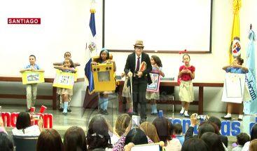 Premian estudiantes participaron en olimpiadas de Matemáticas y concurso de cuentos