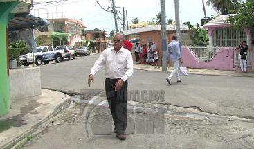Residentes en Sabana Perdida denuncian olor y polvo que emana taller de ebanistería