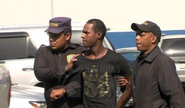A esperas de conocimiento de medidas de coerción acusado de asesinar empleada de joyería