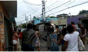Protestan en el kilometro 8 de la Independencia por largas tandas de apagones