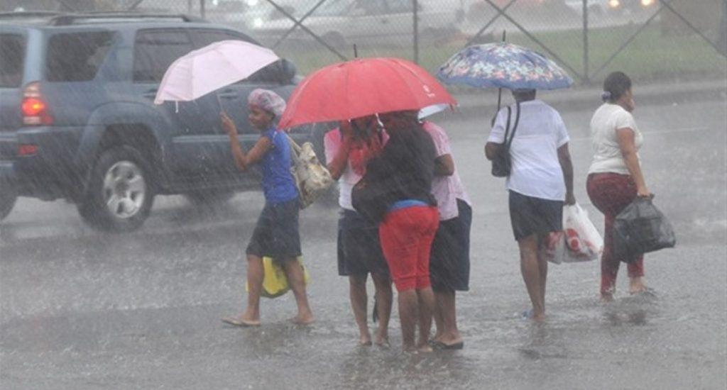 Meteorología: Vaguada provocará aguaceros; continúan provincias en alerta
