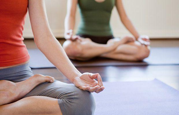Yoga es alternativa para tratamiento de afecciones musculoesqueléticas