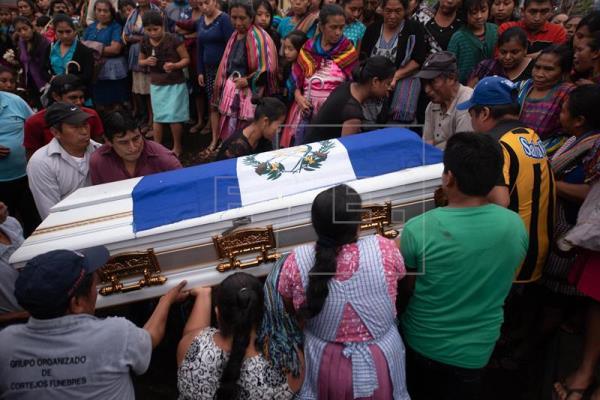 Aumentan a 101 los muertos por la violenta erupción volcánica en Guatemala