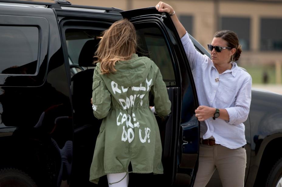 Trump dice que el mensaje de la chaqueta de Melania iba dirigido a los medios