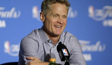 Steve Kerr confirma seguirá con los Warriors de Golden State