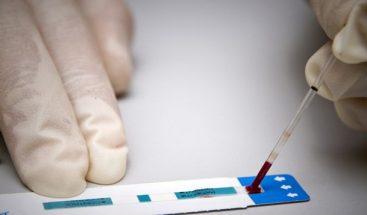 Ordenan indemnizar a chileno que supo que tenía VIH 3 años después de prueba