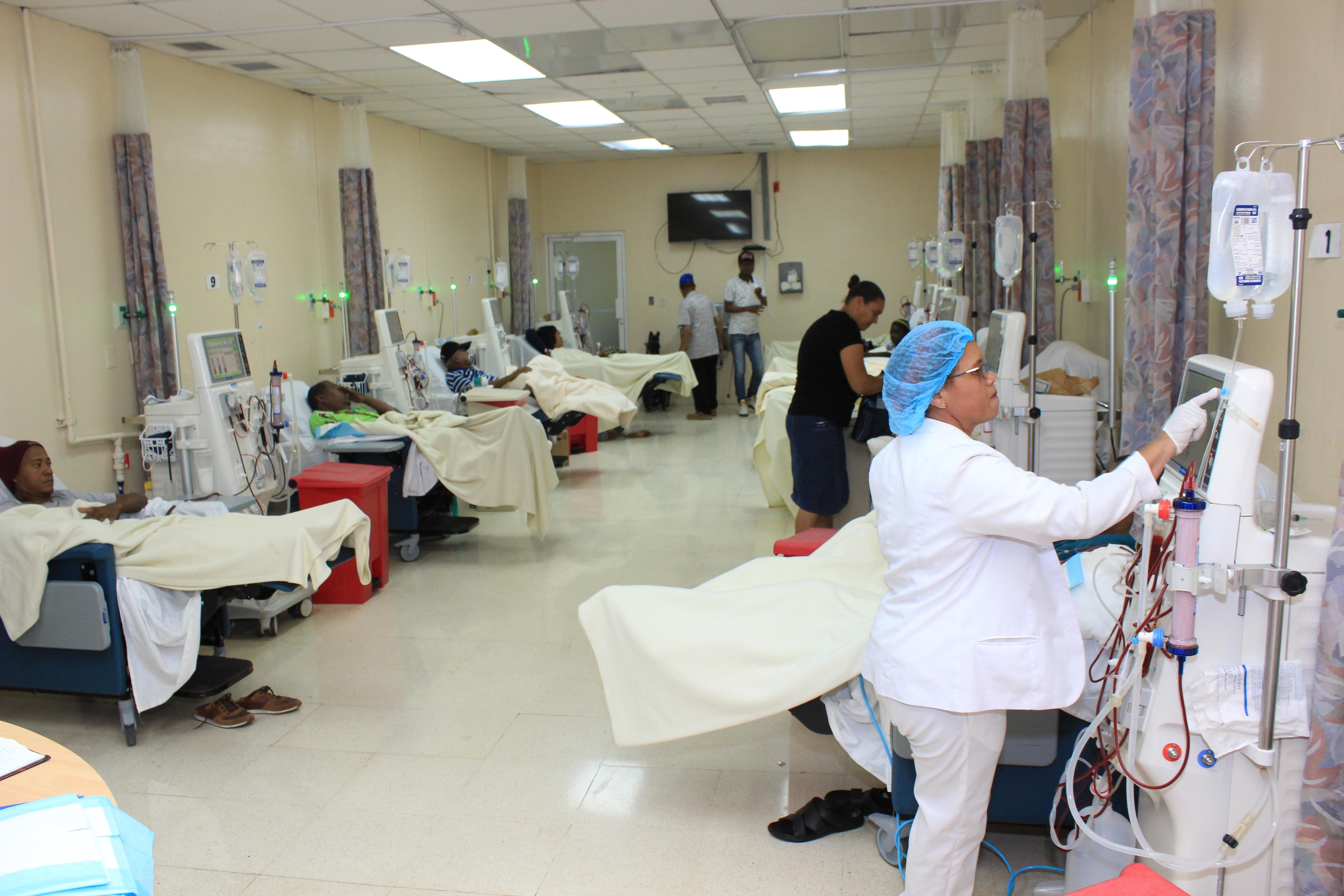 Hospital Ney Arias Lora asiste a más de5 mil pacientes renales; llama a la población a cuidar los riñones
