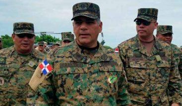 Ministro Defensa ordena acuartelar a todos los militares de RD