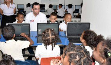 Navarro establece acuerdo de cogestión para atención de niños y niñas en condiciones devulnerabilidad