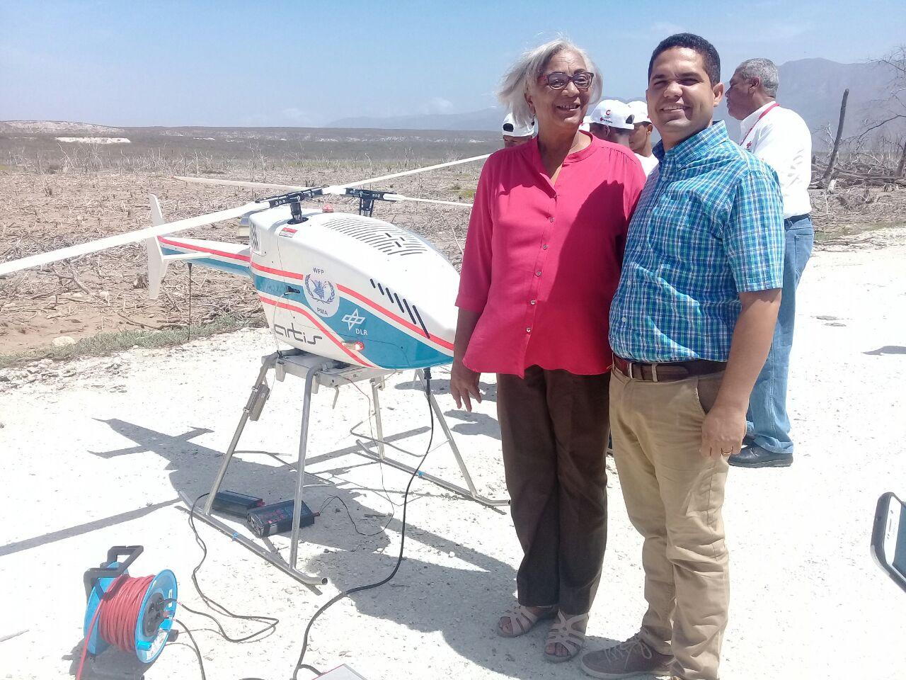 Realizan pruebas de drones con capacidad de carga para fines humanitarios