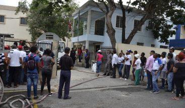 Presos preventivos se amotinan en cárcel del Palacio de Justicia de La Romana